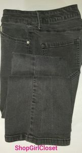 Miracle Body Jeans...black....Size 8